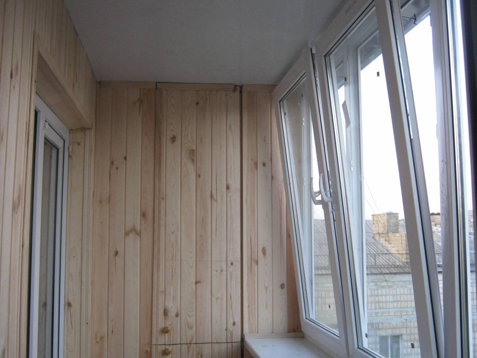 Обшивка балконов казань.